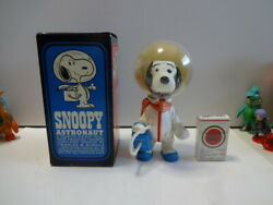 Things At The Time Vintage Snoopy Astronaut Astronots With Box Nasa 1969 Usa