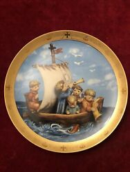 """Limited Edition M.j. Hummel """"land In Sight C2725 Collectible Plate C.1992"""