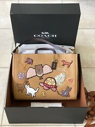 Nwt Coach Light Tan/multi Xl Rogue 39 With Animal Creature Patches C6168