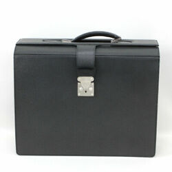 Louis Vuitton Taiga Pirroto Case Raul M30022 Used Rank Previously Owned No.5025