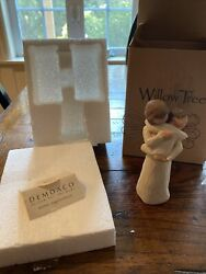 Willow Tree Figurine Angels Embrace 26084 New In Box