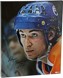 Wayne Gretzky Edmonton Oilers Signed 20 X 24 Up Close And Personal Canvas - Ud