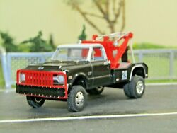 1 64 Dcp Greenlight Custom lifted red black 1970 C30 Chevy tow truck no box