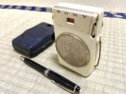 Vintage Historical Transistor Radio Sony Tr-610 Working From Japan