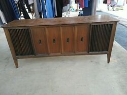 Zenith Y940 Mid Century Modern Stereo Console.