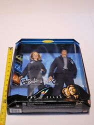 Barbie And Ken 1998 The X-files Giftset Scully And Mulder Fight The Future 19630