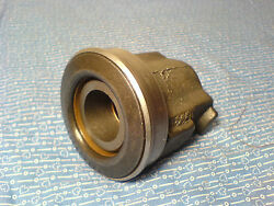 International Cub Lo-boy 184 Throw Out Bearing And Housing Ih-117244-c2 Nos
