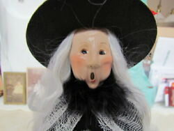 2021 Byers Choice Halloween Witch With Crystal Ball Caroler New