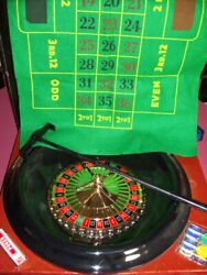 Roulette 16 And Blackjack 21 Chips Felt Playing Surface Rake. Deluxe Set New