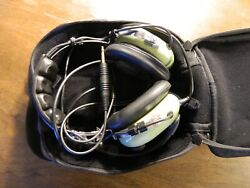 Aviation Headset By David Clark -- Model H10-20 -- Excellent Condition With Bag