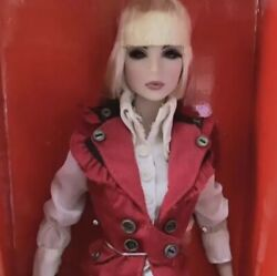 Integrity Toys The Red Riding Hood Yuri Doll 2008 Nufantasy From Japan F/s
