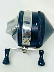 Rare Fishing Reel Zebco Model 33 Early Spinner Usa Made 1st Version Black