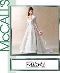 Mccalland039s 4713 Classic Alicyn Bridal Gown Pattern 8-14 Or 12-18 Or 16-22