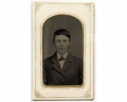 Civil War Era Tintype Young Man W/ Great Bow Tie And Coat