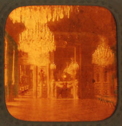 Stereoview Tissue Of Room Of Chandeliers In French Palace -vintage Original