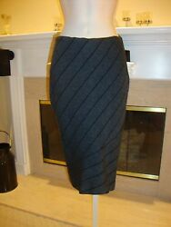 Stunning Form Fitting And Rare Black And Gray Wiggle Skirt By Alaia