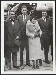 Charles Et Anne Lindbergh. Photographie Signandeacutee. Vers 1930