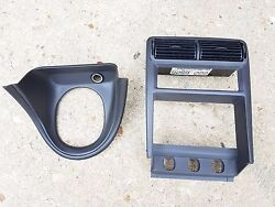 99-04 Ford Mustang Center Dash Oem Vents Vent Bezel Cd Player Heater Control Oem