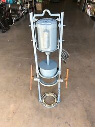 Great Western Combs Gyratory Sifter Shaker Machine For 8 Inch Sieves
