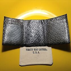 One Men#x27;s TRIFOLD WALLET Black Grey Italian Weave Print Leather Made in USA $4.95