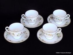 Wedgwood Mirabelle R4537 4 Cups And Saucers Cream Pastel Floral Beautiful