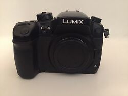 Panasonic Gh4 Bundle With 1 Lens, Nd Filter, Metabones Canon Adapter, Case