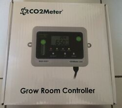 New CO2Meter RAD-0501 Day Night CO2 Monitor and Controller for Greenhouses Grey