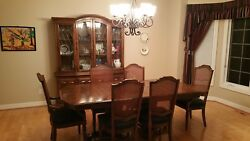 Ethan Allen 7 Piece Dining Table Set + 6 Chairs + China Cabinet