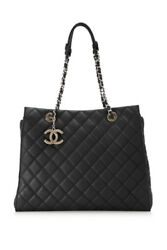Pre-Owned Chanel Quilted Leather Shoulder Bag (Black; Calfskin Leather)