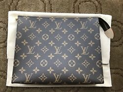 NEW in Box Louis Vuitton Toiletry 26 Cosmetic Pouch Monogram  MADE IN FRANCE