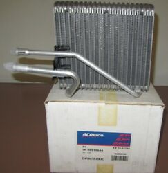 NOS A/C EVAPORATOR CORE Front -fits Mercury Nissan - ACDelco 15-62193  88919644