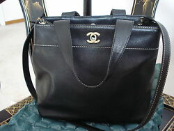AUTH. Chanel Black Caviar Leather CC Logo Medium Tote Bag - USED