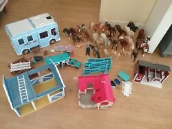Used Breyer and Schleich horses and accessories (Classics and Stablemates)