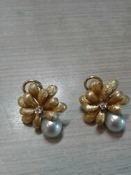 14k Clip On Earrings Diamonds Grey Pearls 11.5g Weight Great Condition