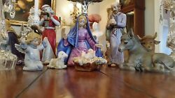 Large 19-piece Hummel Goebel Skrobek Nativity Moorish King 10 Inches Tall1980