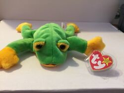 And039smoochyand039 The Frog - Ty Beanie Baby - Mint - Retired