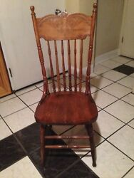 Oak Chair vintage ? Antique ? or colonial ? high back spindles
