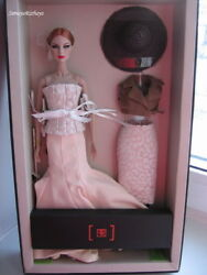 Fashion Royalty Fr2 High Visibility Agnes Von Weiss Giftset Event 2014 Doll Nrfb