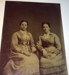 Antique Victorian American Fashion Women, Lovely Style Dresses Tintype Photo Us