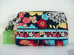 Vera Bradley Small Cosmetic Bag Happy Snails New With Tags $40.00