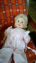 22 1/2 T. Letand039s And Hands Move Hard Plastic Body Moveable Eyes Good Shape