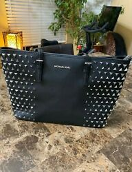 *Limited Edition* Genuine Michael Kors Pyramid Jet Set Leather Tote Bag in Black