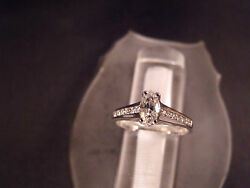 14 Karat Gold Jewelry Oval Diamond Ring With Side Accentand039s H-i / Vs2