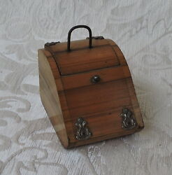 Antique Coal Box Inkwell In Light Wood Gorgeous In Large Scale Dolland039s Houses