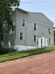 TURNKEY OPPORTUNITY 5 unit  Rented MULTI FAMILY BLDG Yrly Income $27000.00 NICE