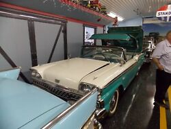 59 Ford Skyliner Retractible