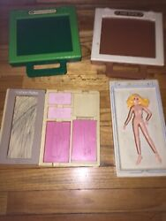 Vintage Tomy Fashion Plates, Cabbage Patch And Pony Plates. Lot Of 4.