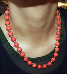 Red Coral And 14 Kt Gold/33 Beads With Sterling Chinese Lock L=19 Fine 71.3 Grams