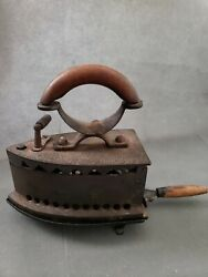 Antique Vintage Full Brass Charcoal Sad Iron Box Coal Fired Top Lid Wood Handle