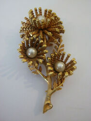 Vintage gold flower brooch chunky gold leaves faux pearls in the center